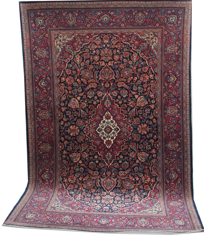 Decorative Kashan Rug