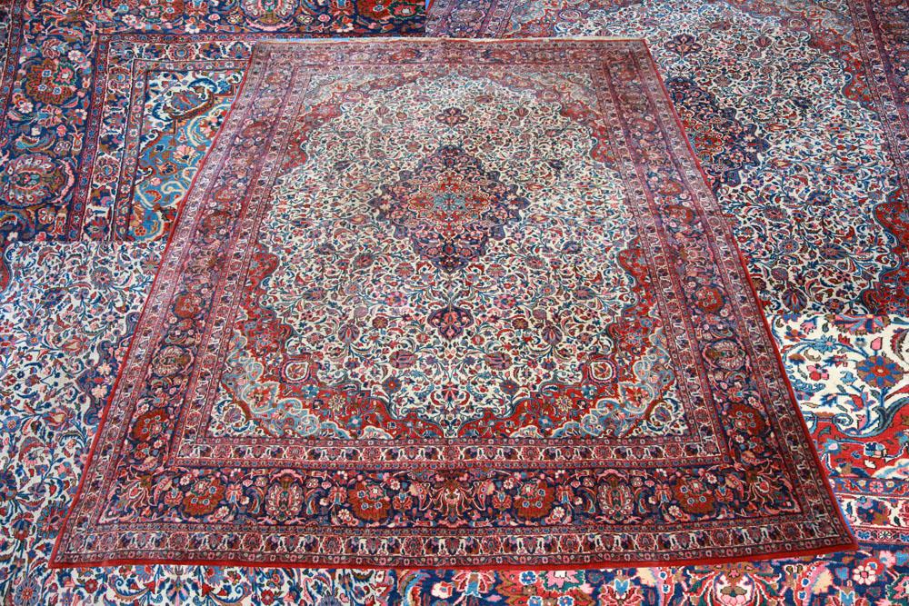 CIRCA 1920 KASHAN RUG BOUGHT FROM HARRODS