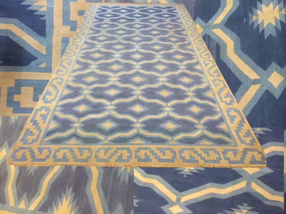 FLAT WEAVE ARTS AND CRAFTS LARGE SIZE CARPET