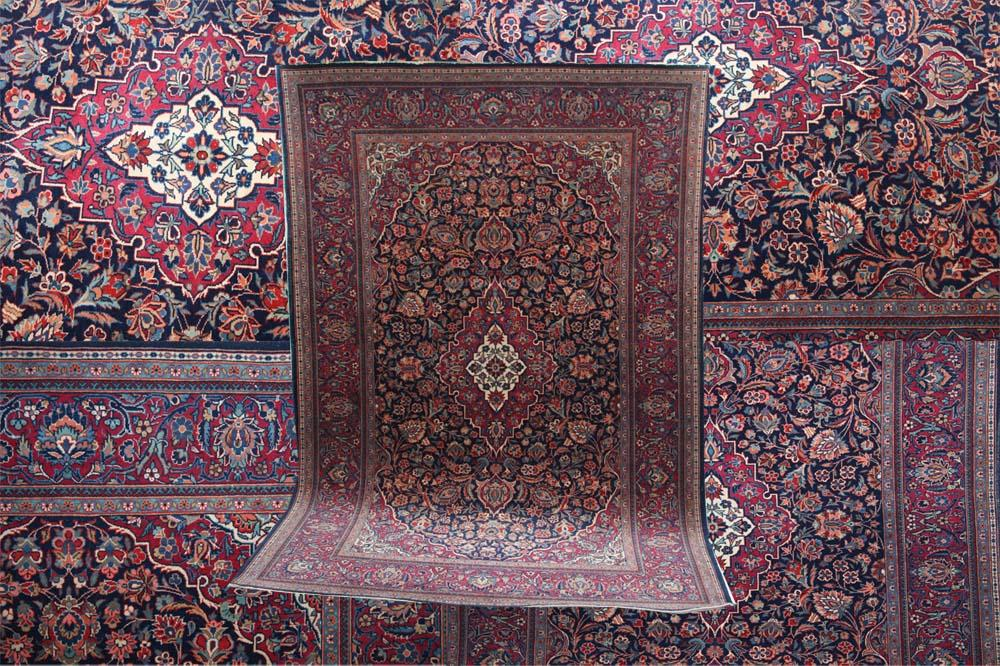 Gallery Persian Kashan rug in midnight blue